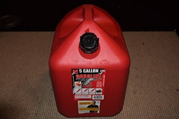 5 Gallon Gas Can of Midwest can